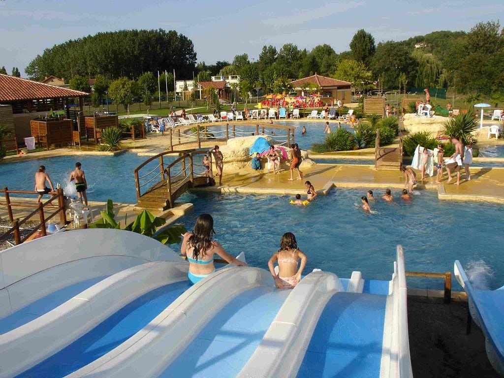 Ludina parc de loisirs aquatiques 32300 mirande for Camping gers avec piscine