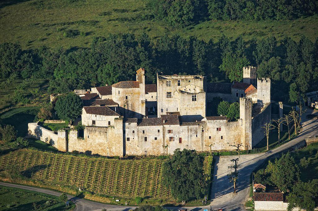Chateau de larressingle gers